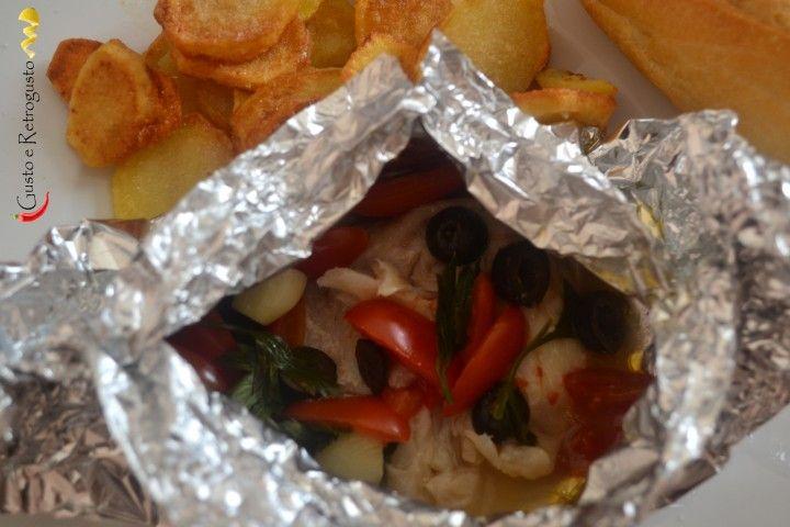 Pesce persico al cartoccio.In questa ricetta ho utilizzato del pesce persico, ma si può sostituire con pesce spada, salmone, orata, branzino, ecc...