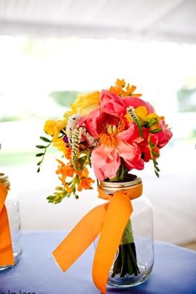Table flowers - simple jar + ribbon