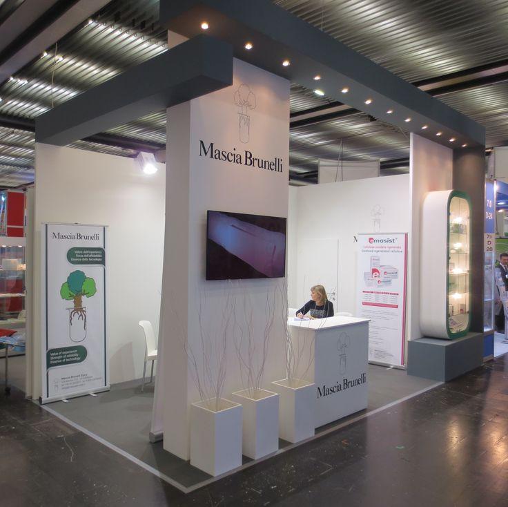 MEDICA - Messe Düsseldorf. MASCIA BRUNELLI. Ricerca, analisi, promozione e comunicazione. Progettazione e realizzazione dell'allestimento dello stand. Photo by honegger