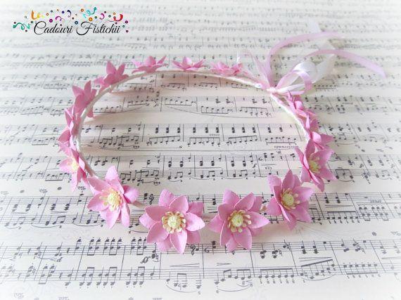 Handmade  Bridal  Floral  Wedding  Wreath by CadouriFistichii