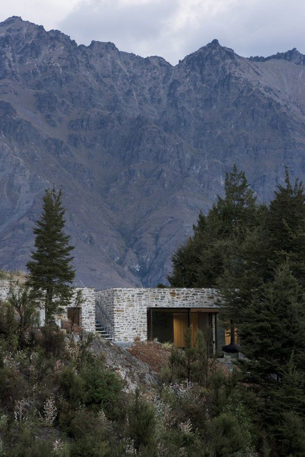 Mountain-Retreat-by-Fearon-Hay-Architects-(10): Mountain Retreat, Hay Architects, Modern Cabin, Glacier National Parks, Fearon Hay, Small House, Stones, Mountain Dreams Home, Queenstown New Zealand