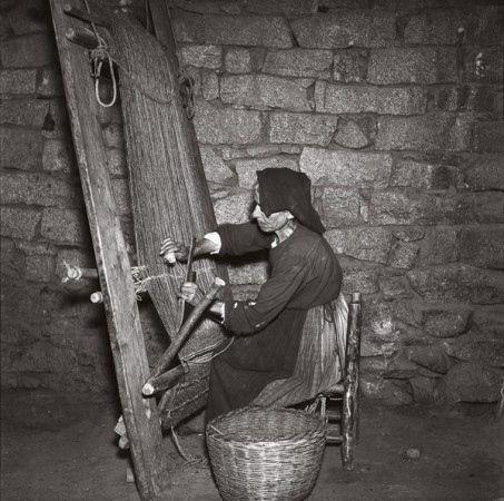 Talana, lavoro al telaio obliquo, 1957
