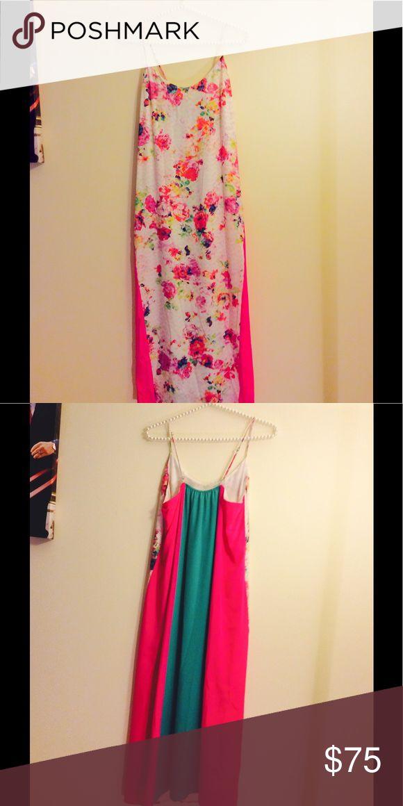 Charlie Jade Flora Block Midi (NWOT) Beautiful lightweight colorful dress perfect for summer! Dresses Midi