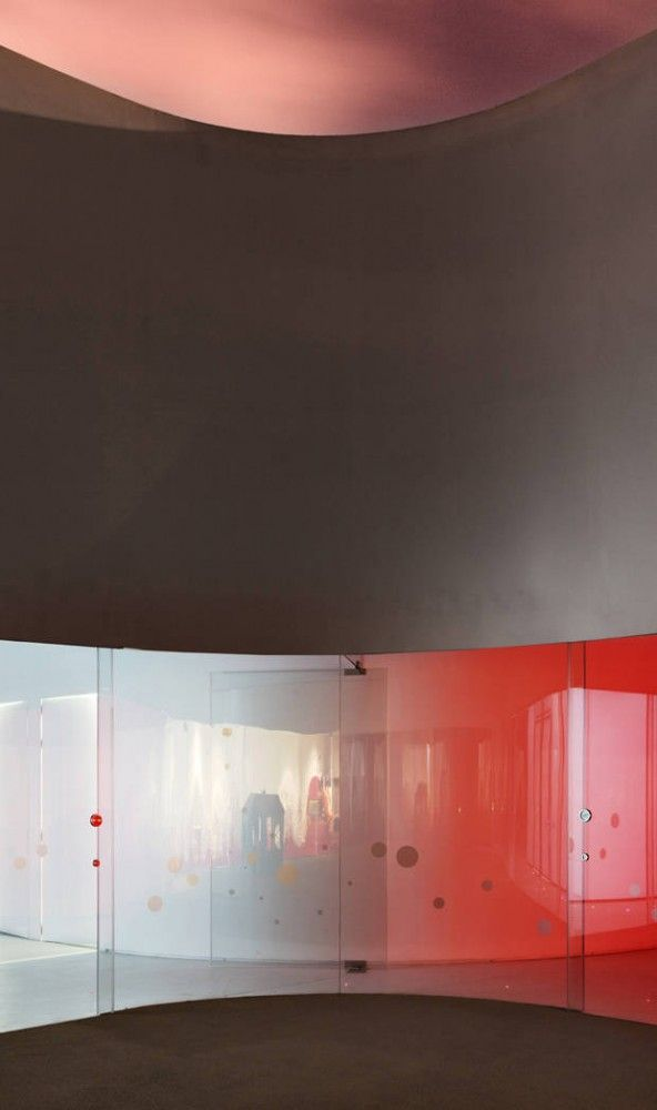 Girod+Anton y Nonna Designprojects proyectan la guardería Nuno Nono| Valencia, Spain | Panelite Bonded Series Translucent Honeycomb Panels, Custom-curved to specification, playful colors.