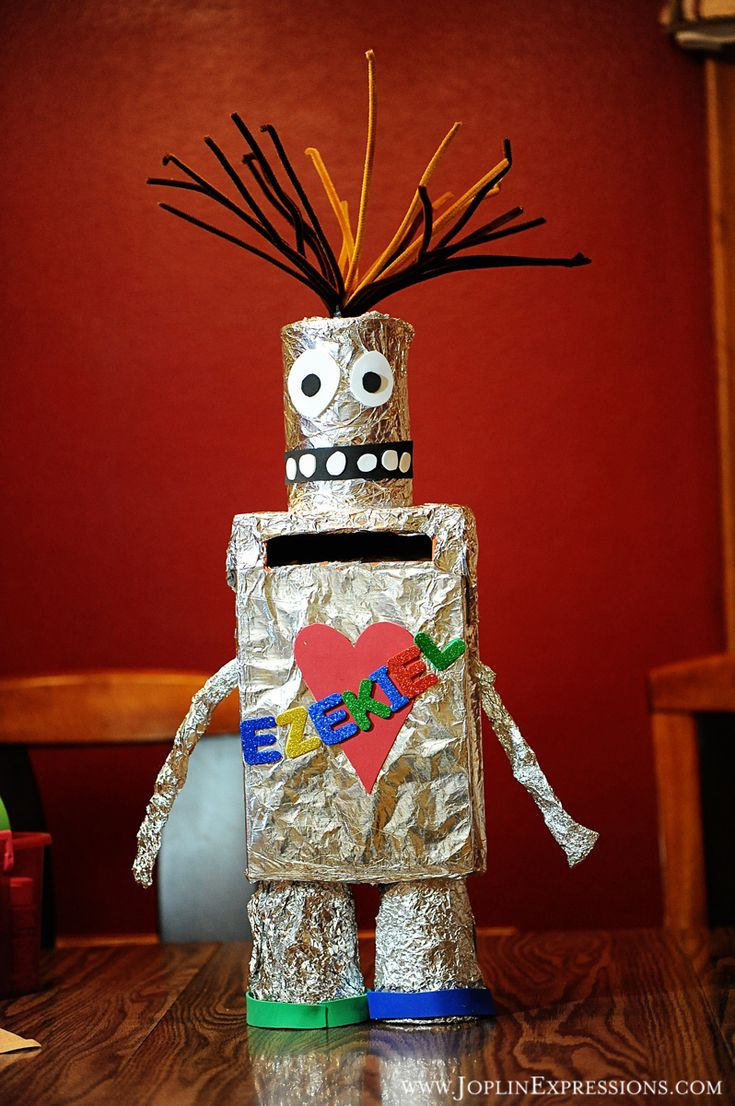 Robot Valentine Box Boys Valentine Box Mwr2 Pinterest