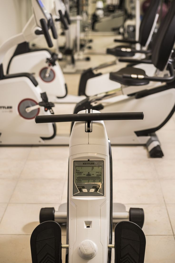 Our gym is full of cool equipment. That way you can stay in shape while on holiday in Chania. So, don't worry about having an extra bite or a couple more drinks at the pool bar. Our gym is here to help you enjoy a guilt free vacation! https://www.oscarvillage.com/gym-hotel  #Oscar #OscarHotel #OscarSuites #OscarVillage #OscarSuitesVillage #HotelChania #HotelinChania #HolidaysChania #HolidaysinChania #HolidaysCrete #HolidaysAgiaMarina #HotelAgiaMarina #HotelCrete #Crete #Chania #AgiaMarina…