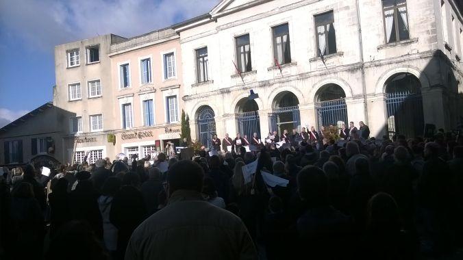 """Manisfestion""""Charlie"""": Pour la liberté...  Les gens de Saint-Martial étaient à Nontron ce jour là !"""