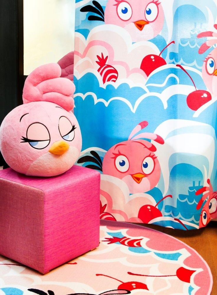 """""""Stella"""" curtain,140 x 250 cm and rug - Angry Birds Interior Collection by Vallila"""