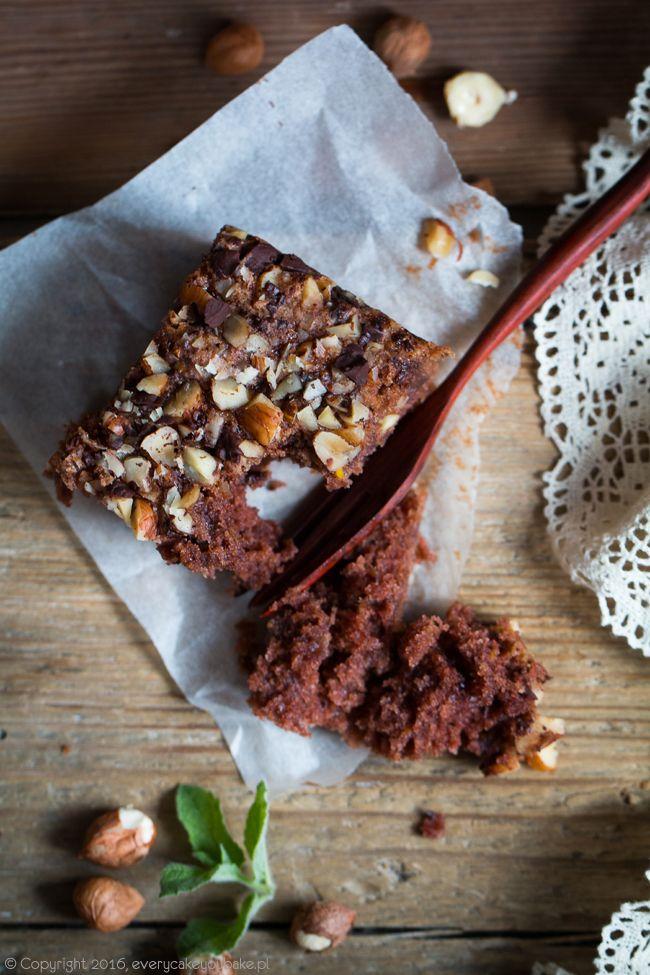 Ciasto czekoladowe z cukinią i orzechami, chocolate courgette cake with nuts #cukinia #czekolada #courgette #chocolate #zucchini