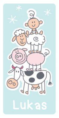 Geboortekaartje met boerderijdieren en jongetje. Vrolijk getekend geboortekaartje met gestapelde boerderijdieren en bovenop het pasgeboren baby jongetje. Onderop staat de koe, daarop het varkentje, een schaap en dan de baby.
