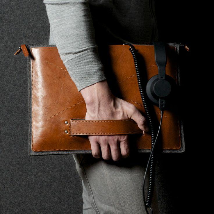 hard_graft_grab_laptop_folio_ftdGrab Laptops, Laptops Folio, Style, Hard Grafting, Laptops Bags, Grafting Grab, Laptops Cases, Man Bags, Laptops Sleeve
