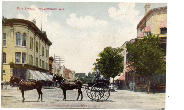 Oconomowoc WI Main Street