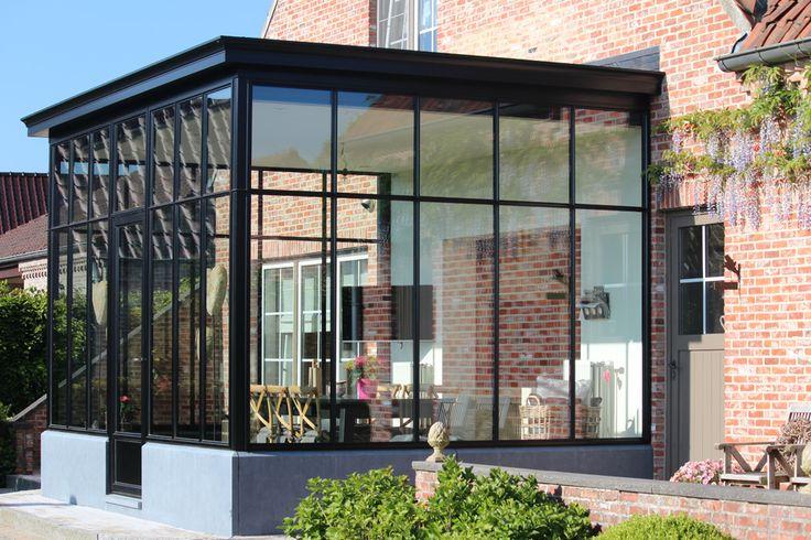 veranda steel look zwart plat dak hoge ramen