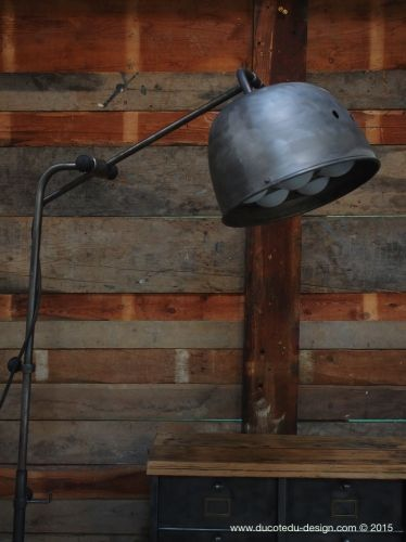 les 216 meilleures images du tableau lampe industrielle sur pinterest lampe baladeuse lampe. Black Bedroom Furniture Sets. Home Design Ideas