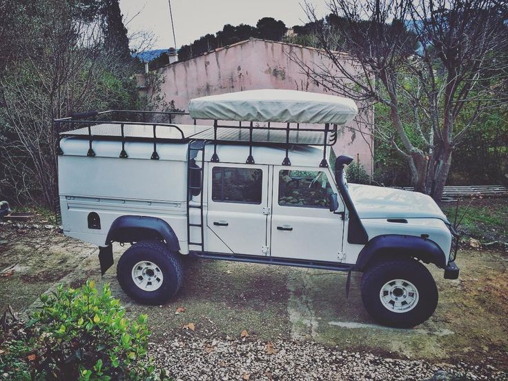 "487 Likes, 16 Comments - Romain Ambrosini (@travel_the_world74) on Instagram: ""A friend's Defender  just awesome !!  #landrover #defender #roadtrip #lifestyle #vanlife #gopro…"""