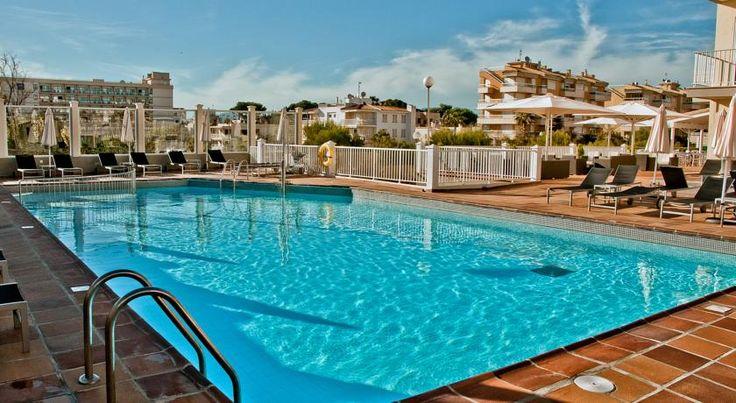 Am goldfarbenen Sandstrand von Mallorca: 7 Tage in Can Pastilla mit Flug, Frühstück und 4-Sterne Hotel ab 415 € - Urlaubsheld | Dein Urlaubsportal