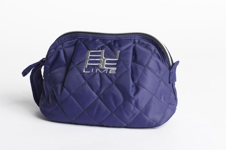 PureLime fitness shoes AW 2015 - makeup purse in purple