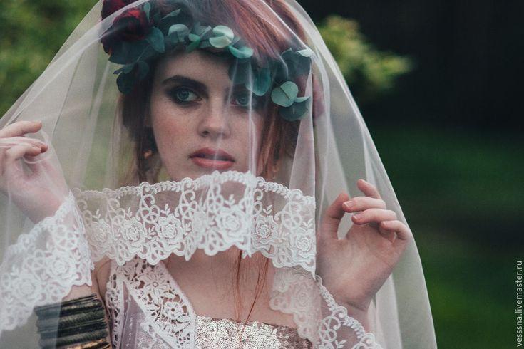 """Купить Венок из шелковых цветов """"Марсала"""" - бордовый, цветы из шелка, шелковые цветы, цветы из ткани"""