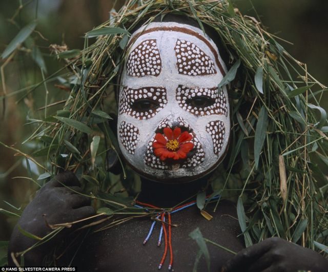 ホントに素人?! オモ族のファッションが独創的でレベル高すぎて信じがたいレベル | DDN JAPAN
