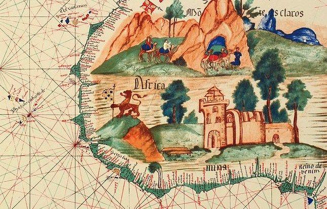 Когда Васко да Гама с триумфом вернулся в Лиссабон в 1499 году, трюмы его кораблей были доверху забиты специями, редкой древесиной и драгоценными камнями, продажа которых принесла в шесть раз больше денег, чем затраты на экспедицию.  Деньги и власть всегда были основными движущими силами географических открытий:  http://portulan.ru/?p=1718  #Великие_географические_открытия #навигация #мореплавание #васко_да_гама #Португалия #карты #старыекарты #картография #география #15век