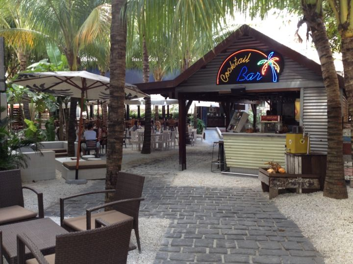 http://www.tripadvisor.com/Restaurant_Review-g488103-d2148030-Reviews-Cocoloko-Grand_Baie.html