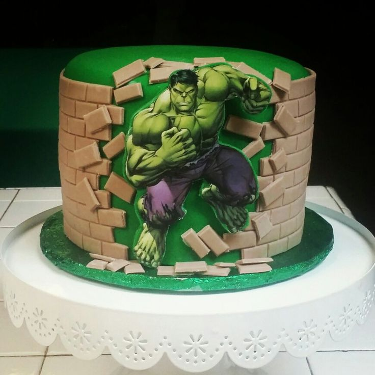 Incredible Hulk cake - Found on Pinterest - This cake has a great effect! For all your cake decorating supplies, please visit craftcompany.co.uk