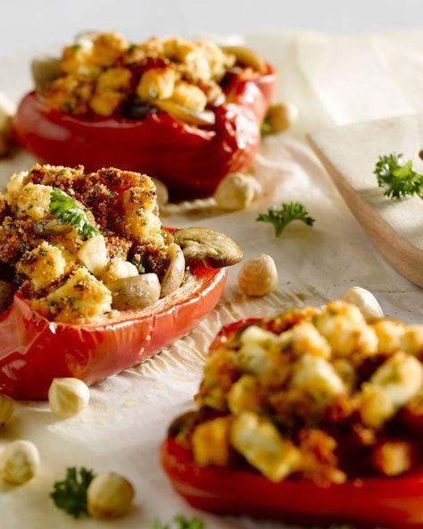 Gebakken paprika's met champignons, feta en tomaat