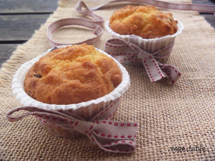 vegeintable: Sicilian Muffin with Ricotta, Candied Orange and Dark Chocolate Chips