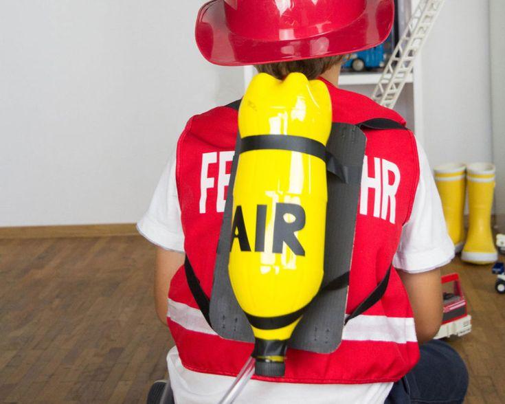 Kinderkostueme selber machen-Feuerwehrmann-www.limmaland.com