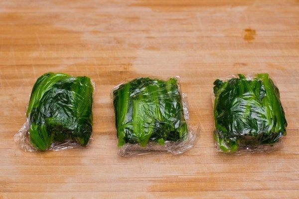 Basic Freezing Techniques – basic guide to freeze ingredients and bento food to save time when making bento.   Just One Cookbook blog