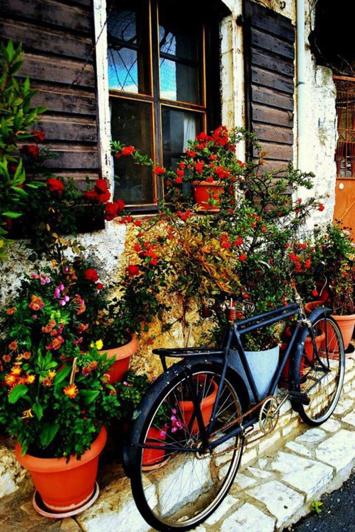 elladaa:    Στεμνιτσα ~ Αρκαδια ~ Stemnitsa ~ Arkadia  τα ποδήλατά μας, όπως τα όνειρά μαςξέρουν από ανηφοριές….  TBoH