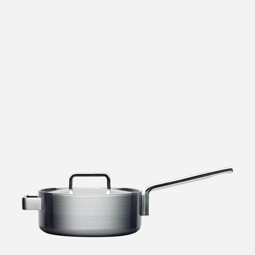 TOOLS saucepan. Designer: Bjorn Dahlstrom. Maker: iittala/hackman Finland