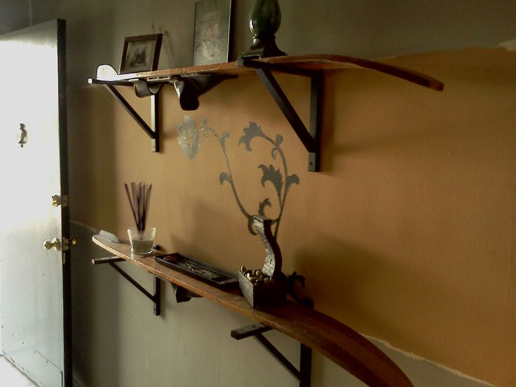 Look - turn these old vintage wooden water skis into shelves!! Really want to do this at the Park Office!!