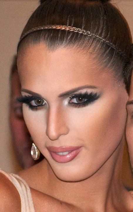 tagged as: Carmen Carrera. RuPaul's Drag Race. So pretty if I do drag wanna do my make up like hers soft and feminine beautiful