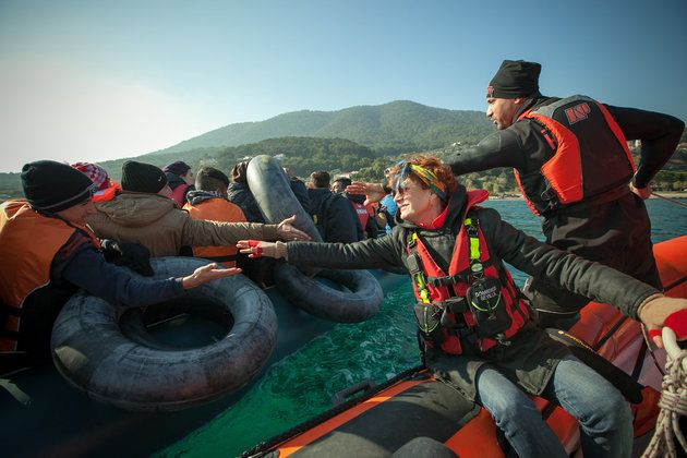Susan Sarandon Joins Sea Rescue Team On Search For Refugees Headed To Greece