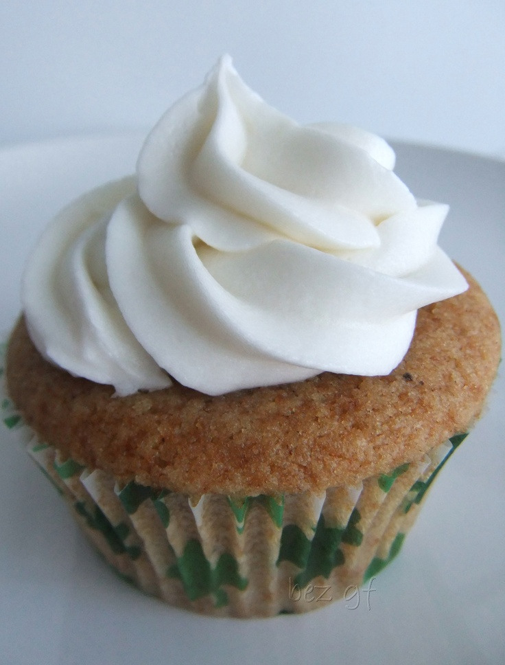 Cider/Beer Spice Cupcake - Cider or gf beer in a tasty cake with cinnamon, nutmeg, and allspice