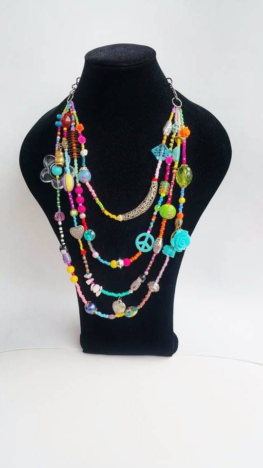 Check out this item in my Etsy shop https://www.etsy.com/pt/listing/257117103/chunky-necklace-layered-necklace