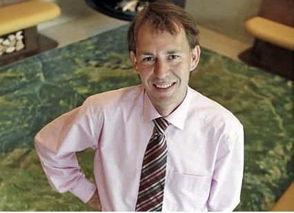 Peter Tschuschnig.    Prokurist.  Als Prokurist ist Peter Tschuschnig Ansprechpartner für alles, was mit Haustechnik und Instandhaltung zu tun hat.