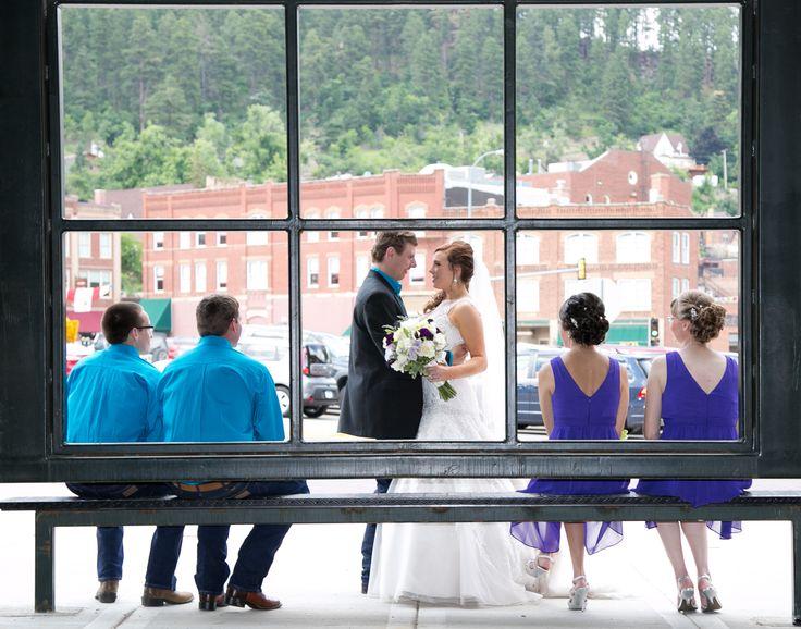 Wedding Pictures Bridal Party Poses Deadwood South Dakota Dailyhomemaker