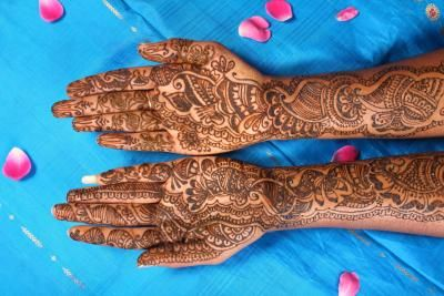 How to Get Rid of Henna Tattoos (9 Steps)