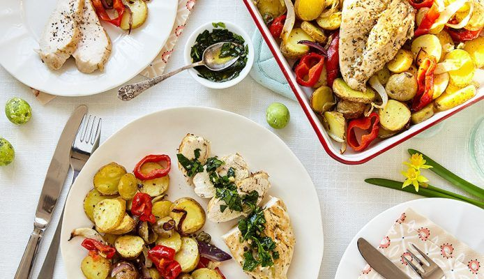 Gebakken kip met ovengroenten en kruidenolie - Culy.nl