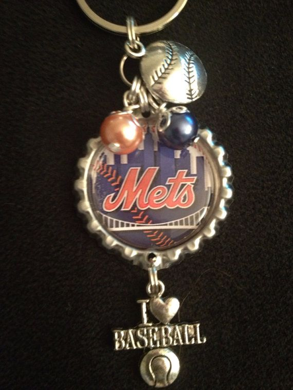New York Mets Baseball Keychain  by FAITHYSMAMA on Etsy, $5.00