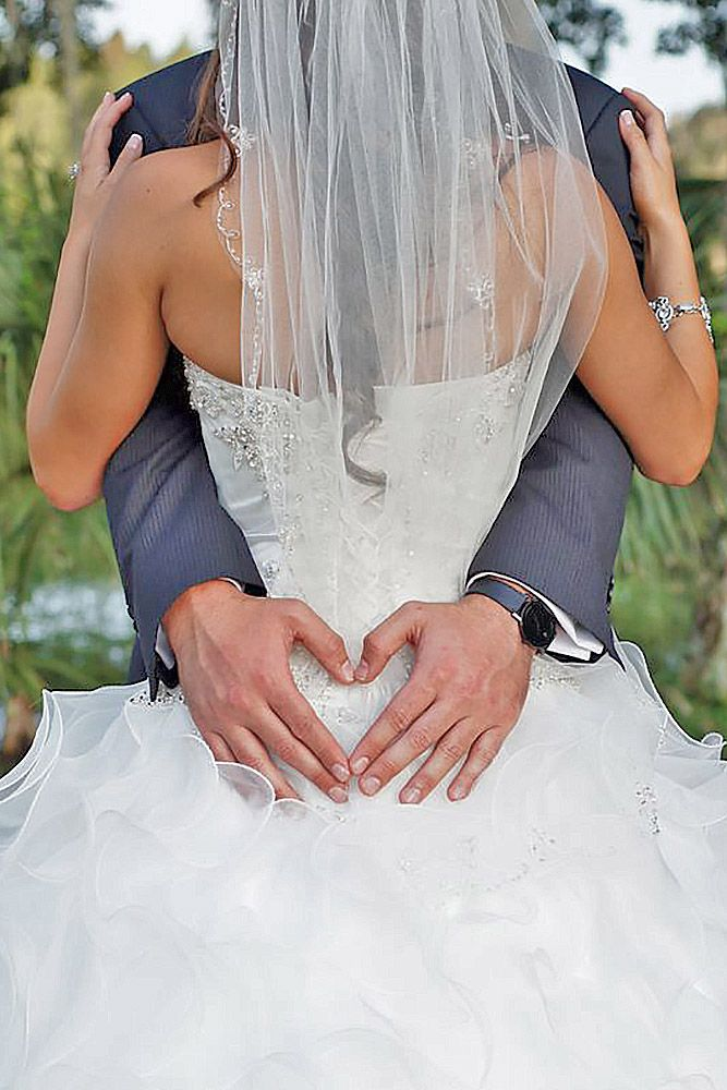 18 Most Pinned Heart Wedding Photos ❤ See more: http://www.weddingforward.com/heart-wedding-photos/ #weddings #photography