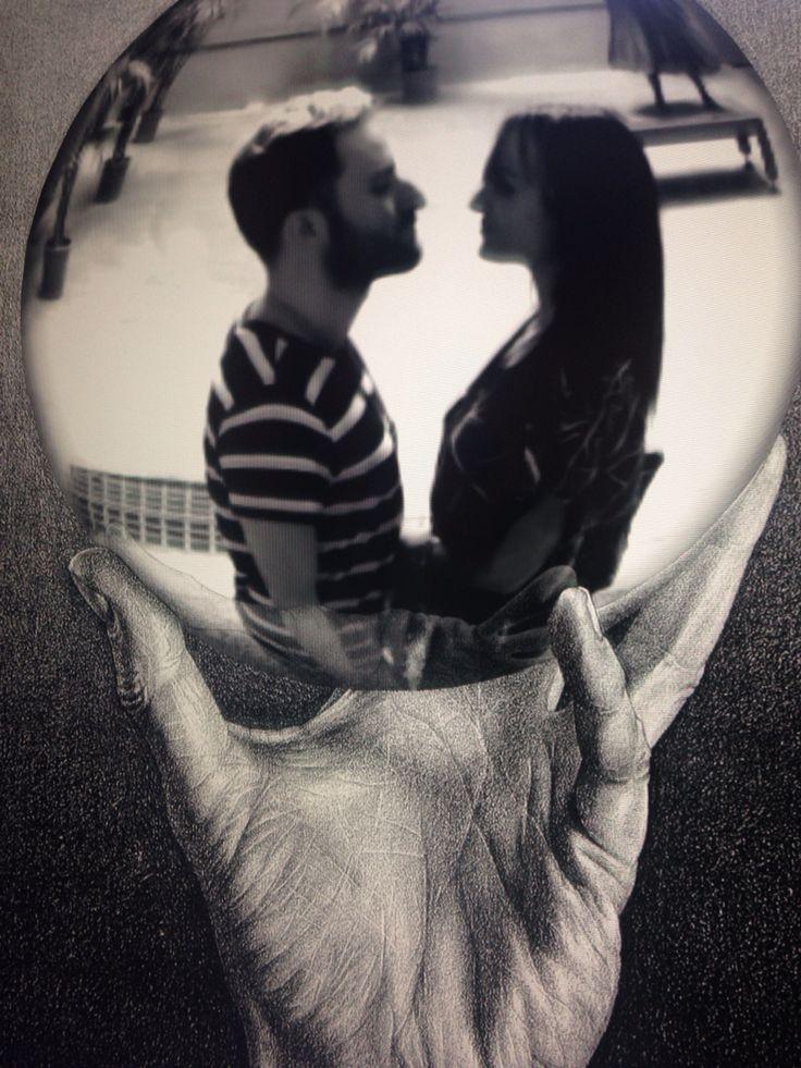 Lovers in the sphere  Arte Escher