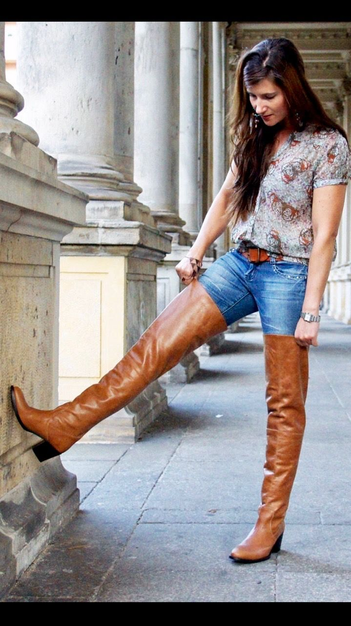 Cognac thigh boots and jeans outfit
