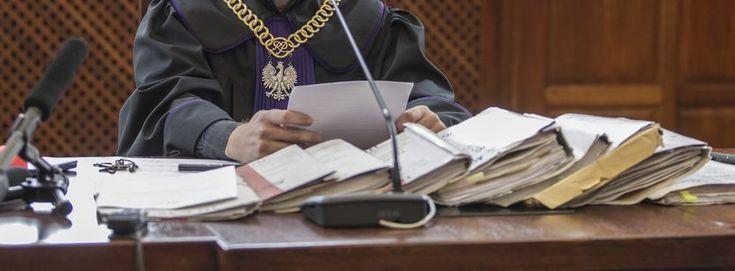 """Odwołany sędzia """"przeoczył"""" 300 tys. zł? Trwa postępowanie dyscyplinarne"""