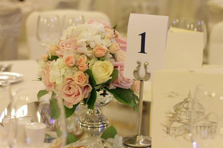 aranjamente florale hortensii, aranjamente florale nunta, aranjamente florale nunta noiembrie