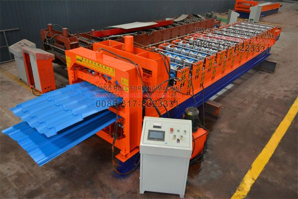 #Multi #layer #color #steel #roofing #sheet #roll #forming #machine can produce 3 different type roofing sheets as customer's request, each layer has the standalone feeding table, the width is fixed by screw as customer's drawing. Multi layer color steel roofing sheet machine help customer save space, and save shipping cost, but can not working three layer at same time, only can working one by one.