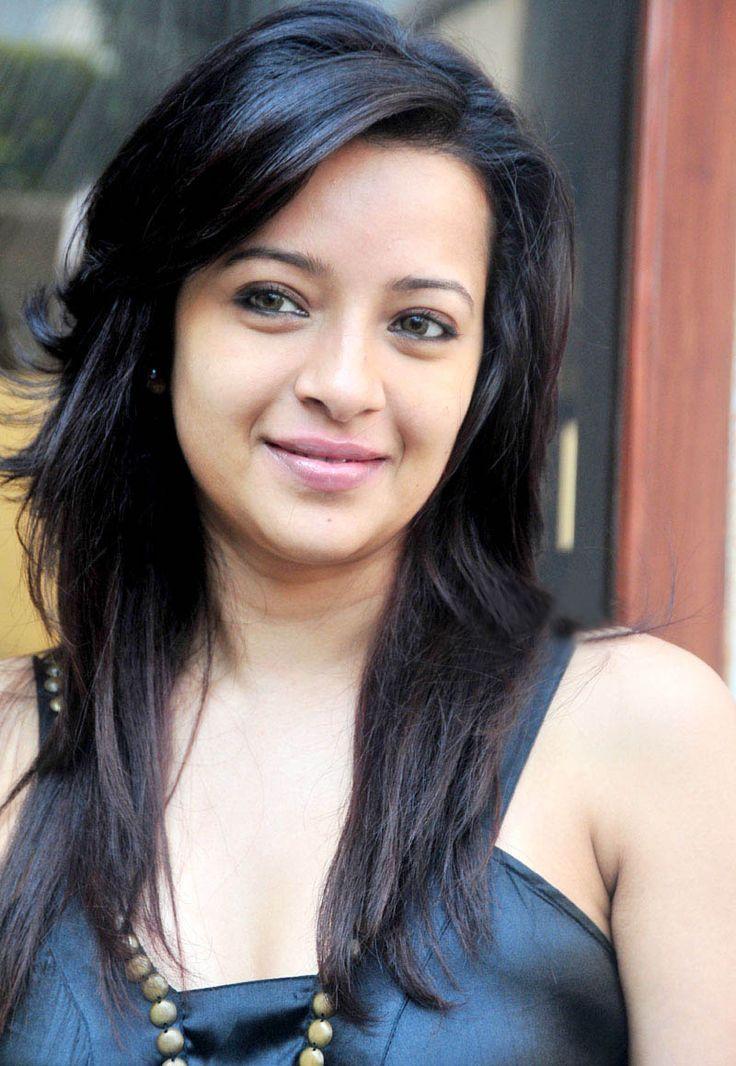 Reemma Sen | DOB: 29-Oct-1981 | POB: Kolkata, West Bengal | Occupation: Actress, Model | #birthday #october #cinema #movies #entertainment