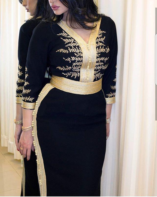 للطلب المرجو التواصل على الواتساب 00212620465348 أو دايركت قفطان قفطان مغربي تكشيطه مغربيه جلابيات مغربيه Stylish Women Fashion Classy Dress Outfits Fashion